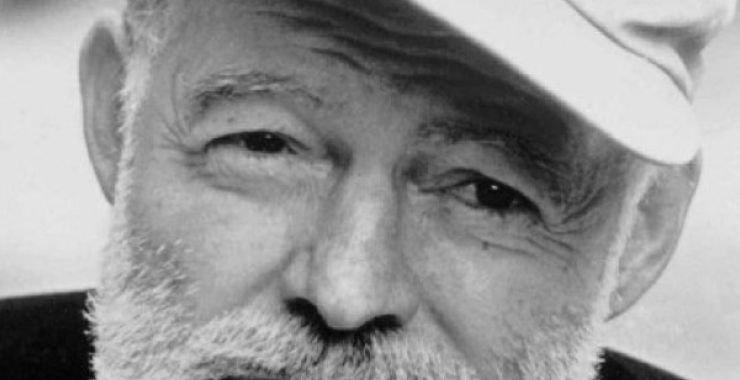 من هو إرنست همنغواي - Ernest Hemingway؟
